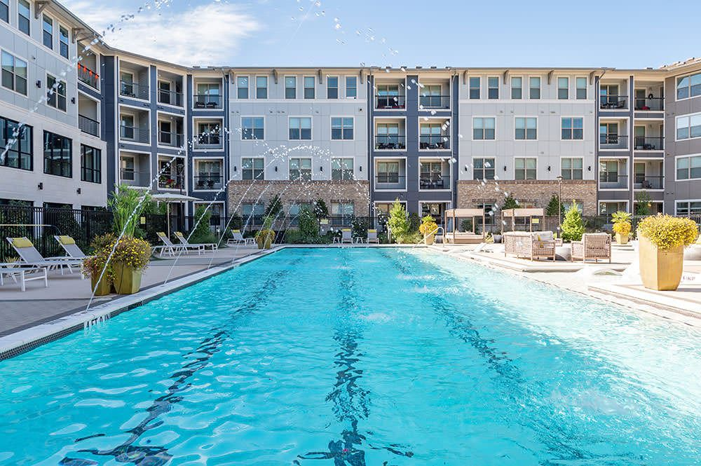 Round Hill Capital purchased the Cortland Allen Station apartments.