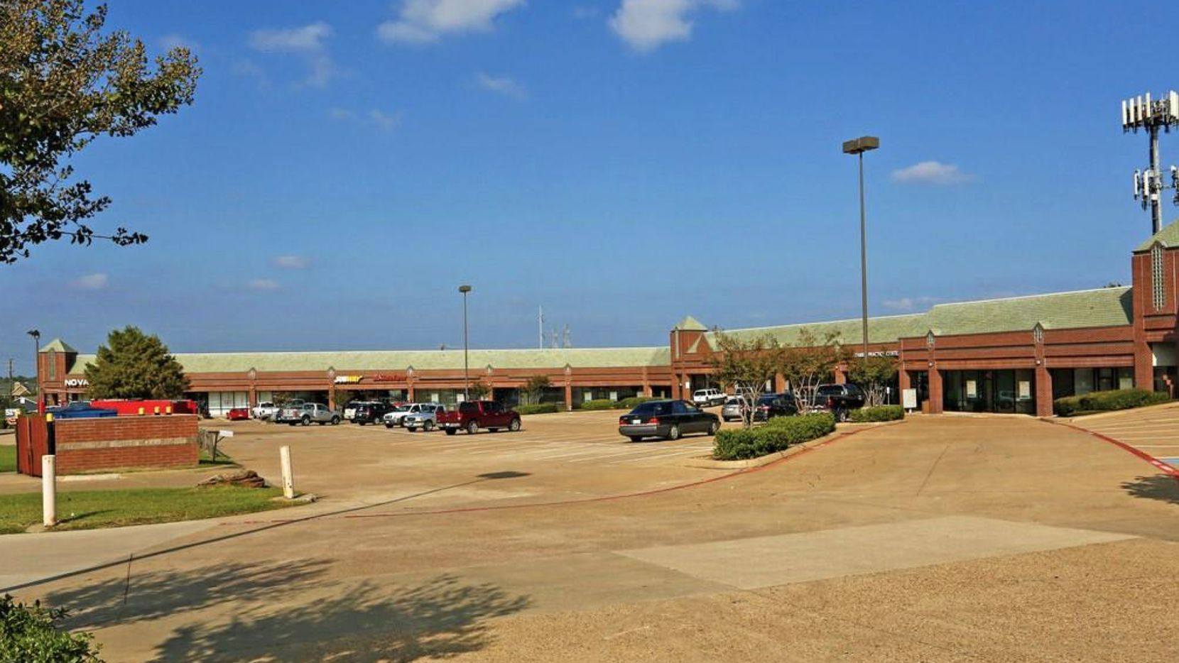 The LBJ Oates Summit Shopping Center is in Mesquite.