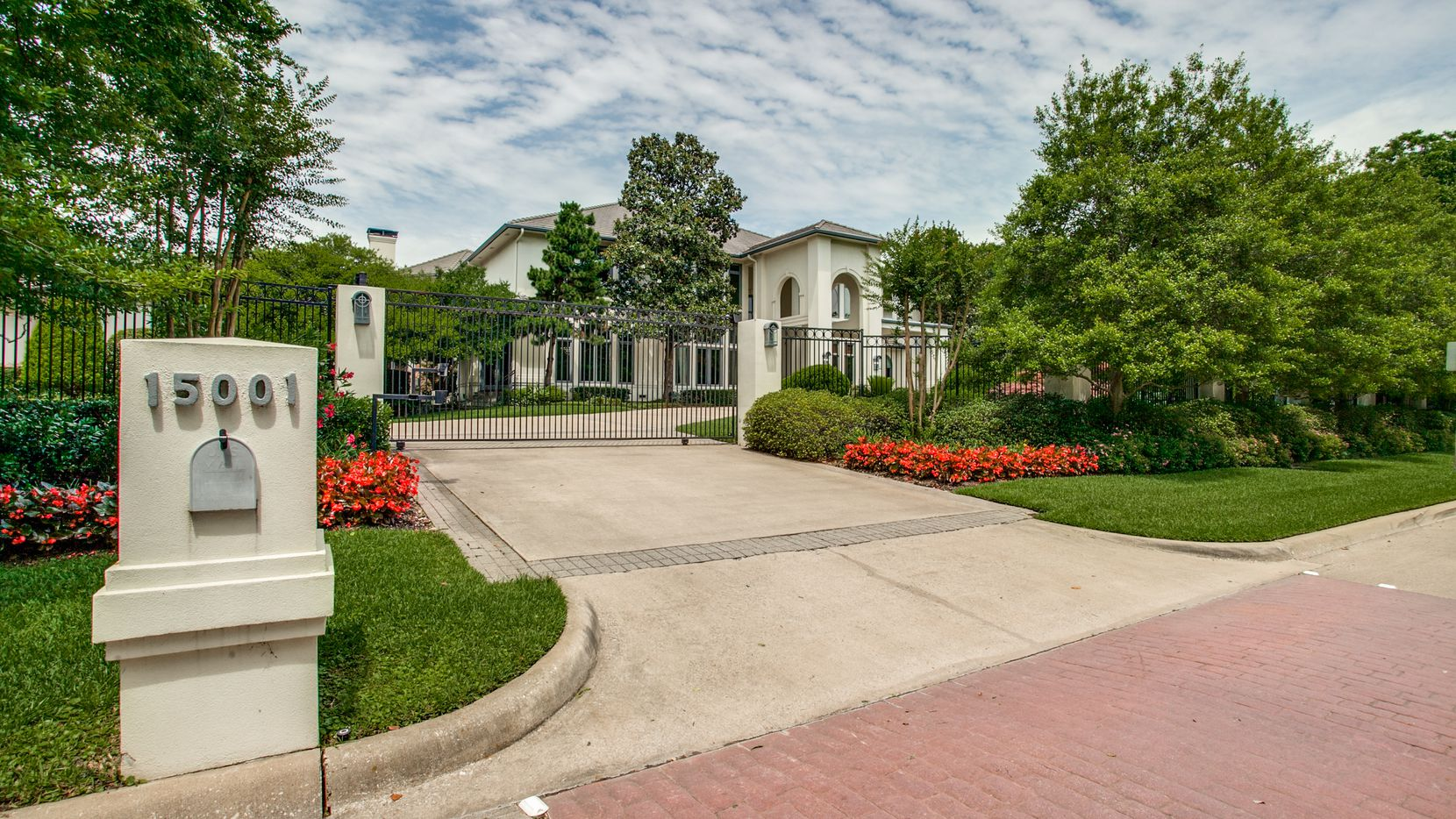 The home at 15001 Winnwood Road in Dallas was custom-built for former Dallas Cowboys running back Emmitt Smith in 1995.