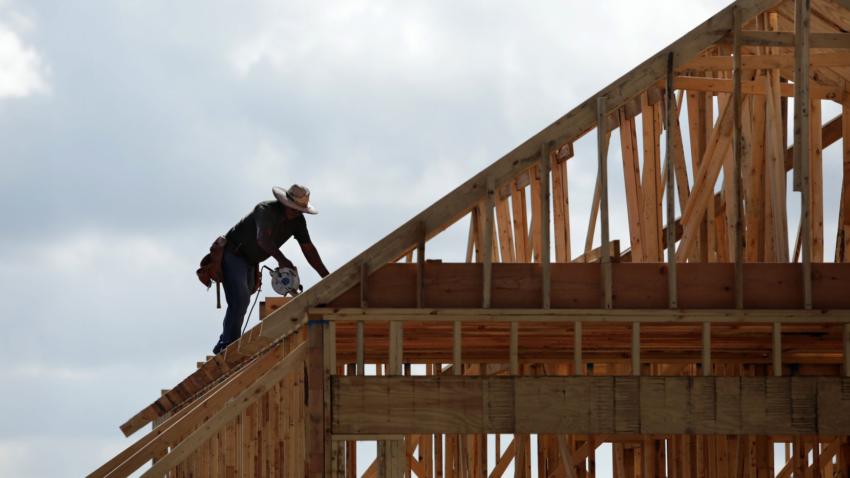 Invitation Homes plans to buy 7,500 new PulteGroup houses.
