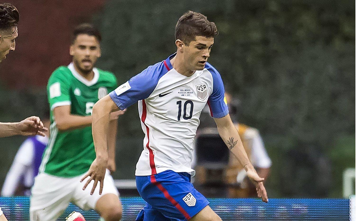 Estados Unidos y México se enfrentan en este 2019 por sexta vez en la final de la Copa Oro de Concacaf. Foto Agencia Reforma