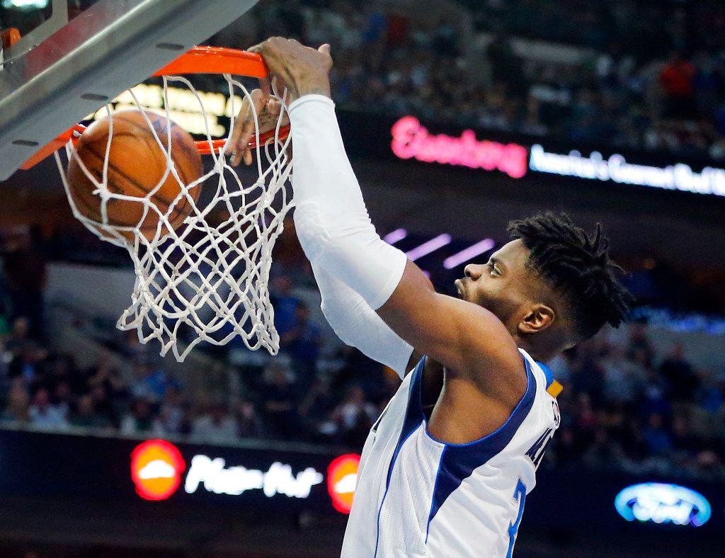 Mavericks forward Nerlens Noel could be looking at a long summer in limbo as contract negotiations drag. (Tom Fox/The Dallas Morning News)