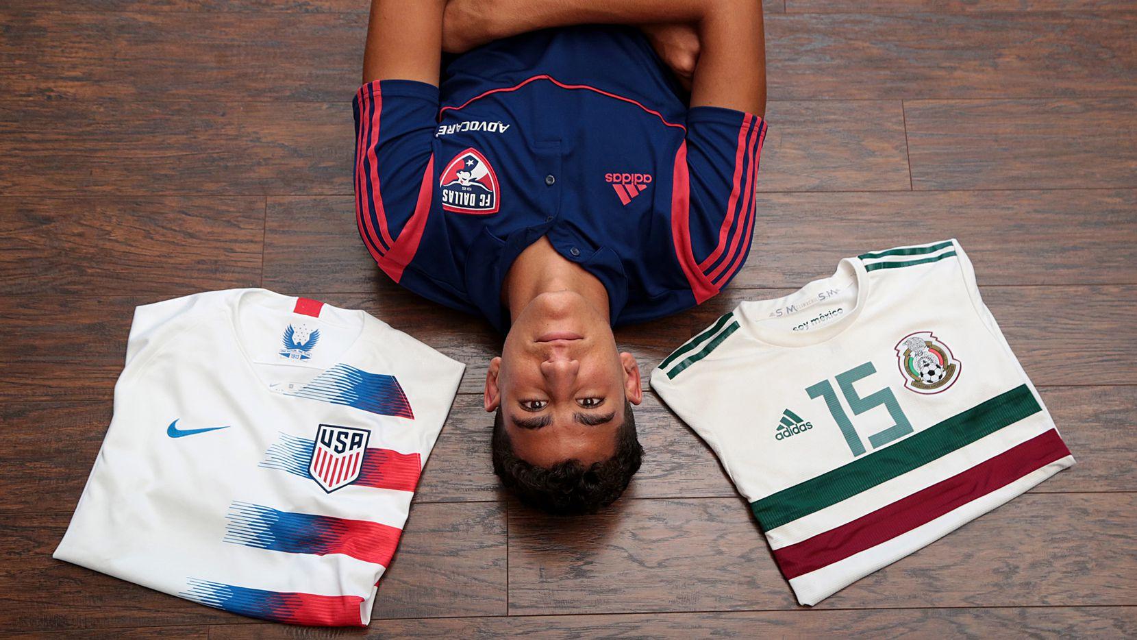 Nicolás Carrera, de 17 años y quien reside en Frisco, debe tomar una decisión: jugar con la selección de México o con la de Estados Unidos.