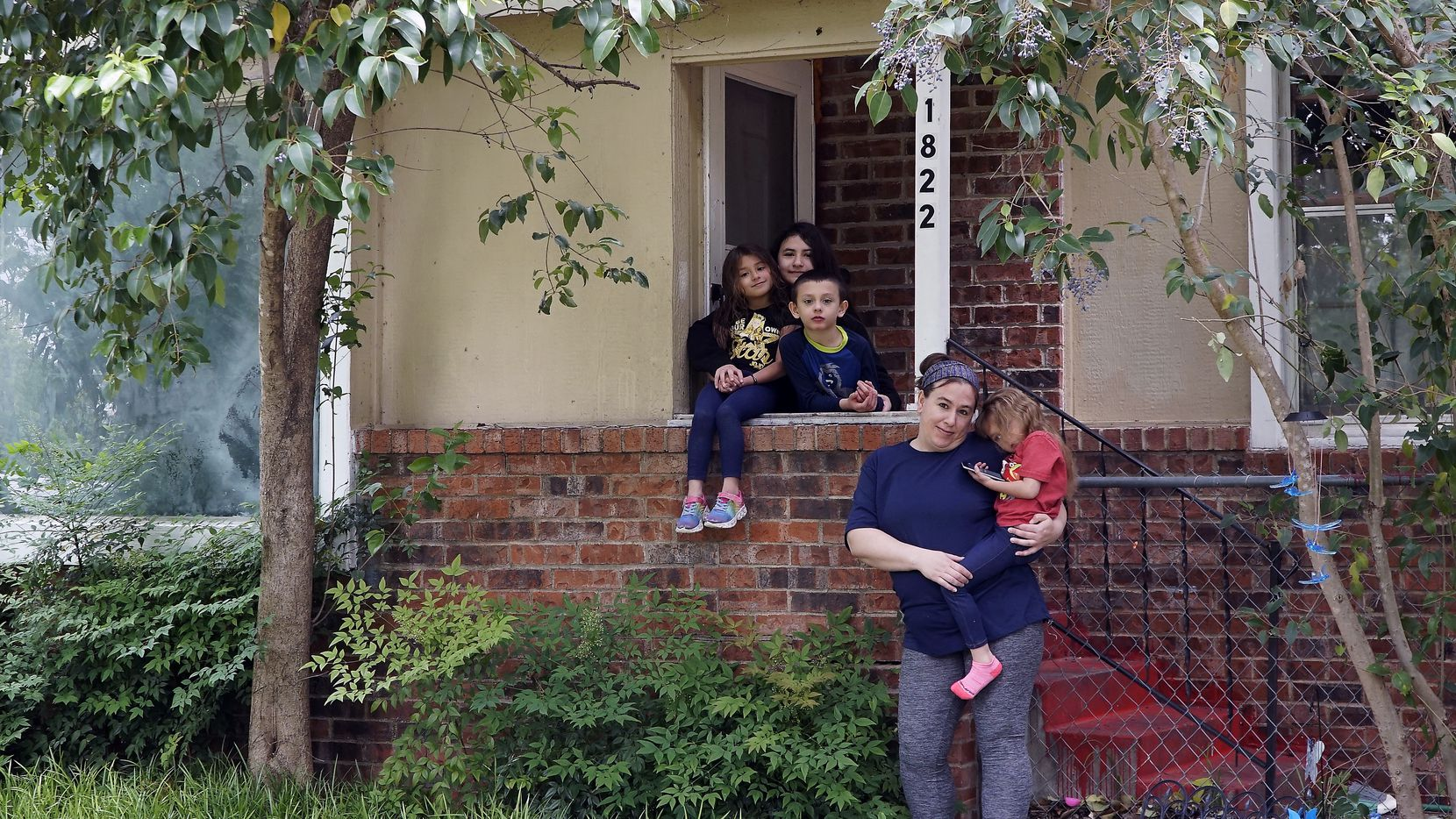 Christina Segundo and her four children (l-r) Isabella (6), Tarianna (11), Braylen (8), and Mia (5), at their home in Fort Worth on Tuesday, April 14, 2020.