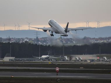 A United Airlines plane takes off to San Fransisco at Frankfurt Airport on March 12, 2020 in Frankfurt, Germany.