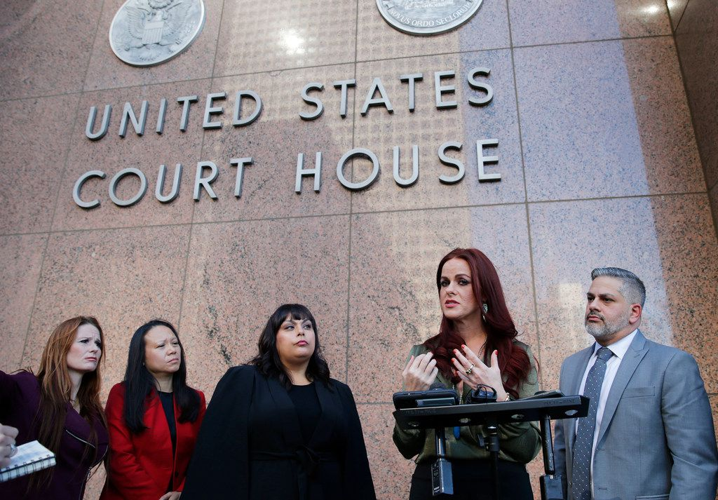 Sarah Alicia Lindsley speaks to the media during a press conference in front of the Earle Cabell Federal Building in Dallas on Thursday, October 26, 2017. Lindsley says she was the subject of gender discrimination at Omni Hotels. (Vernon Bryant/The Dallas Morning News)