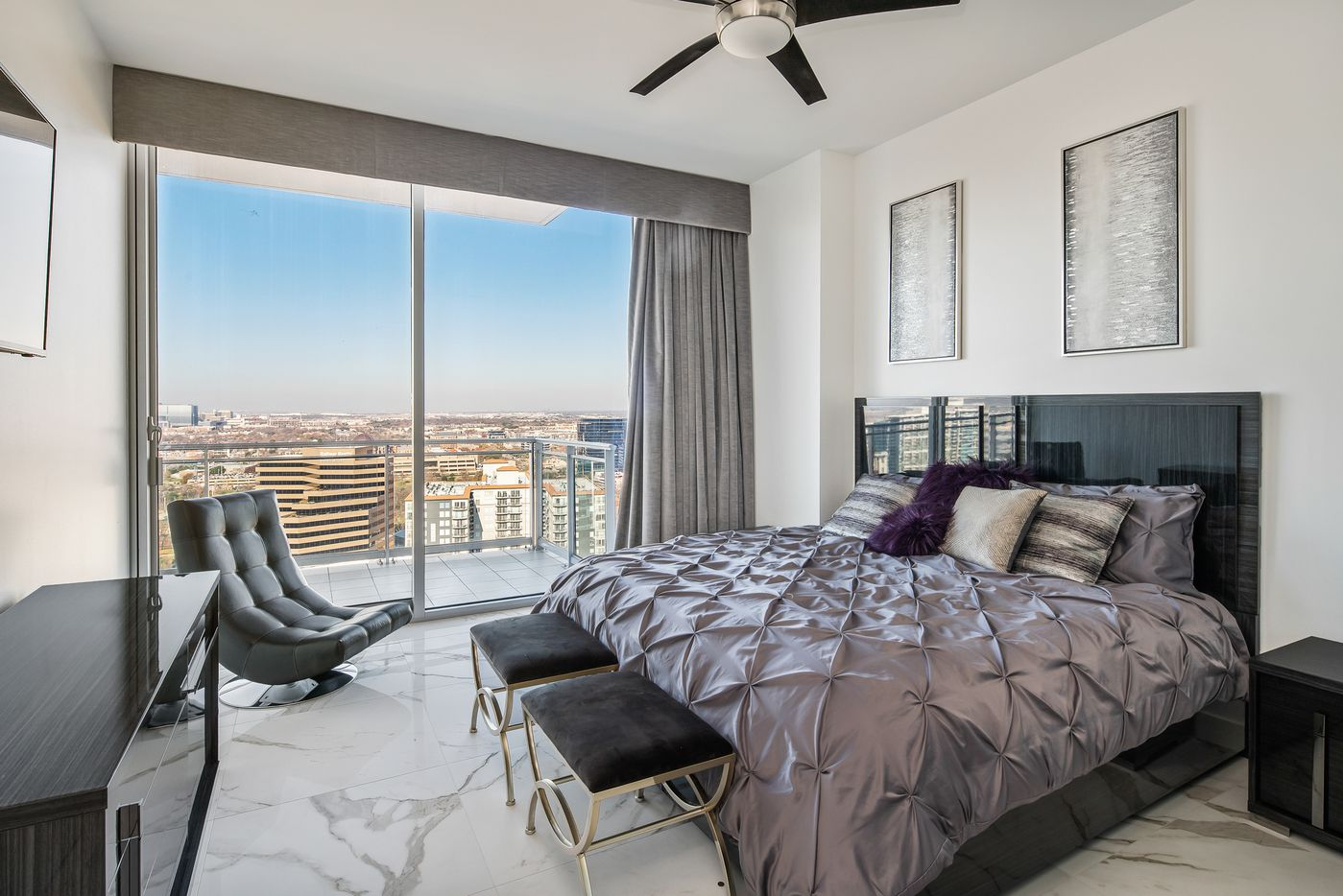 A look at the property at 2900 McKinnon Street #2204 in Dallas.