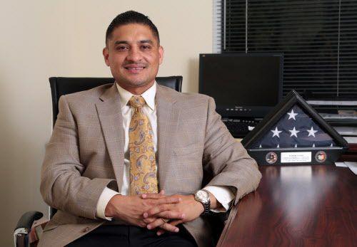 Jaime Resendez compró una casa en 2017 que estaba fuera de su distrito. Presentó su renuncia como vocal del DISD el jueves. DMN