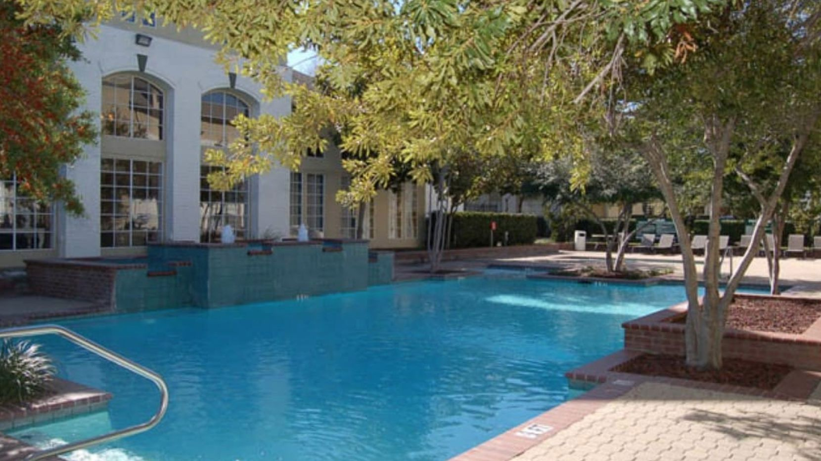 The Renaissance Parc apartments are at the Dallas North Tollway and Verde Valley in Far North Dallas adjacent to the Village on the Parkway  shopping center.