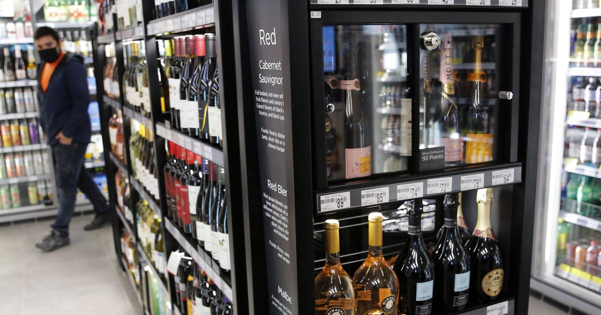 Bill legalizing Sunday morning beer and wine sales clears Texas Senate; House vote next
