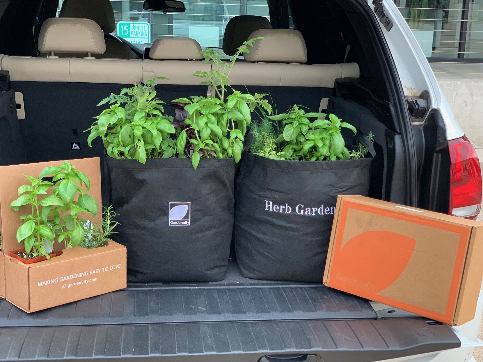 Herb garden delivery from Gardenuity