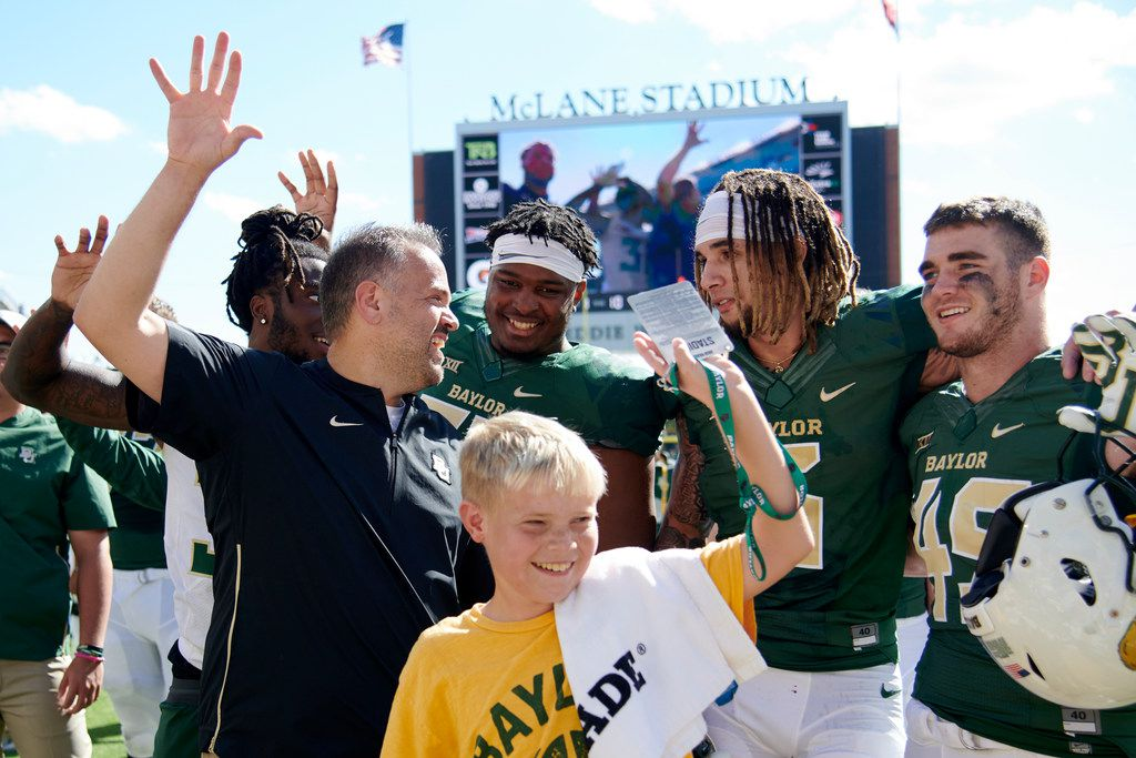 WACO, TX - NOVEMBER 3:  Baylor Bears head coach Matt Rhule celebrates with his team after defeating the Oklahoma State Cowboys 35-31 in an NCAA football game at McLane Stadium on November 3, 2018 in Waco, Texas.  (Photo by Cooper Neill/Getty Images)