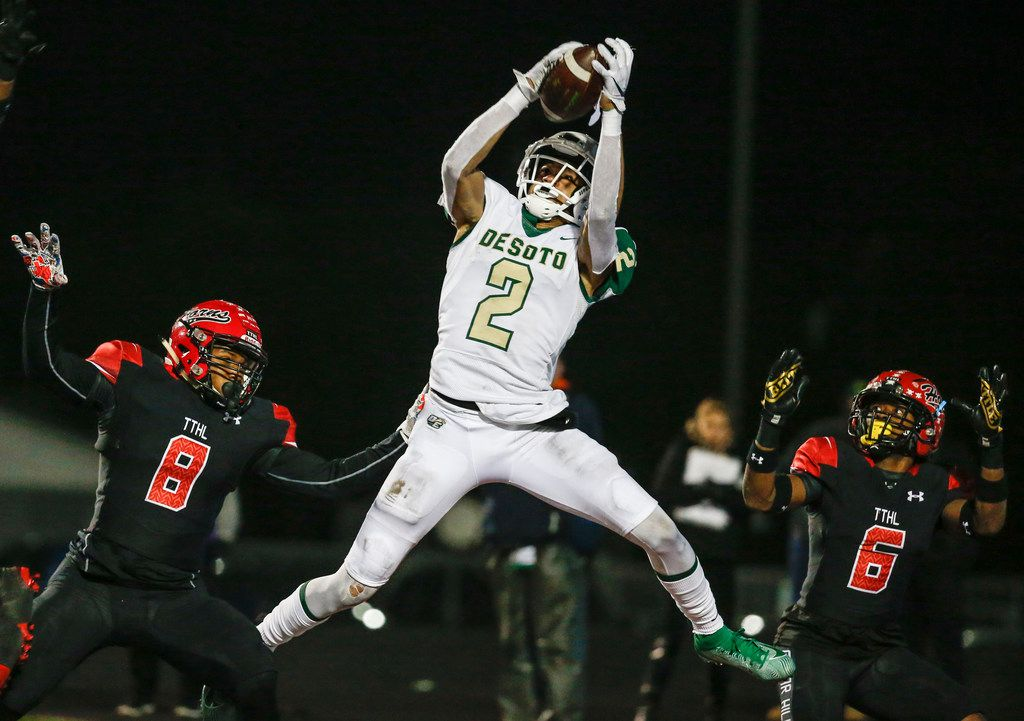 DeSoto wide receiver Lawrence Arnold brings down a touchdown pass during a high school football match up between Cedar Hill and DeSoto on Thursday, Nov. 7, 2019. Cedar Hill beat DeSoto 28-27.