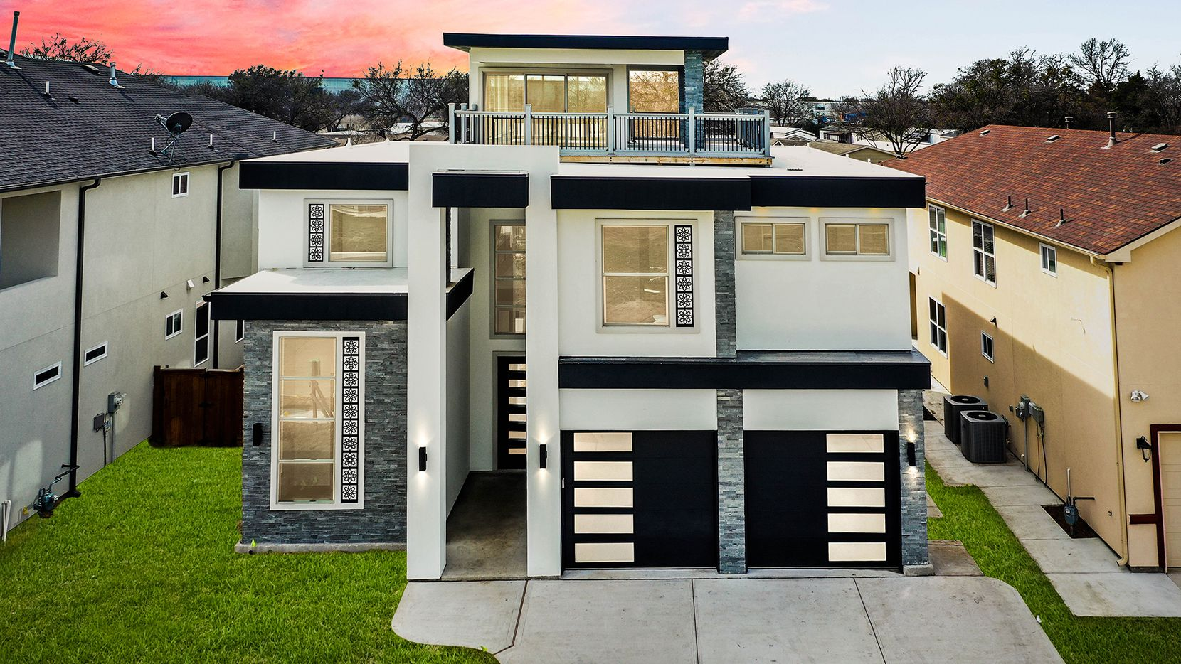 Farah Studios, the architectural design firm, worked closely with Building Element LLC to create this fully custom home.
