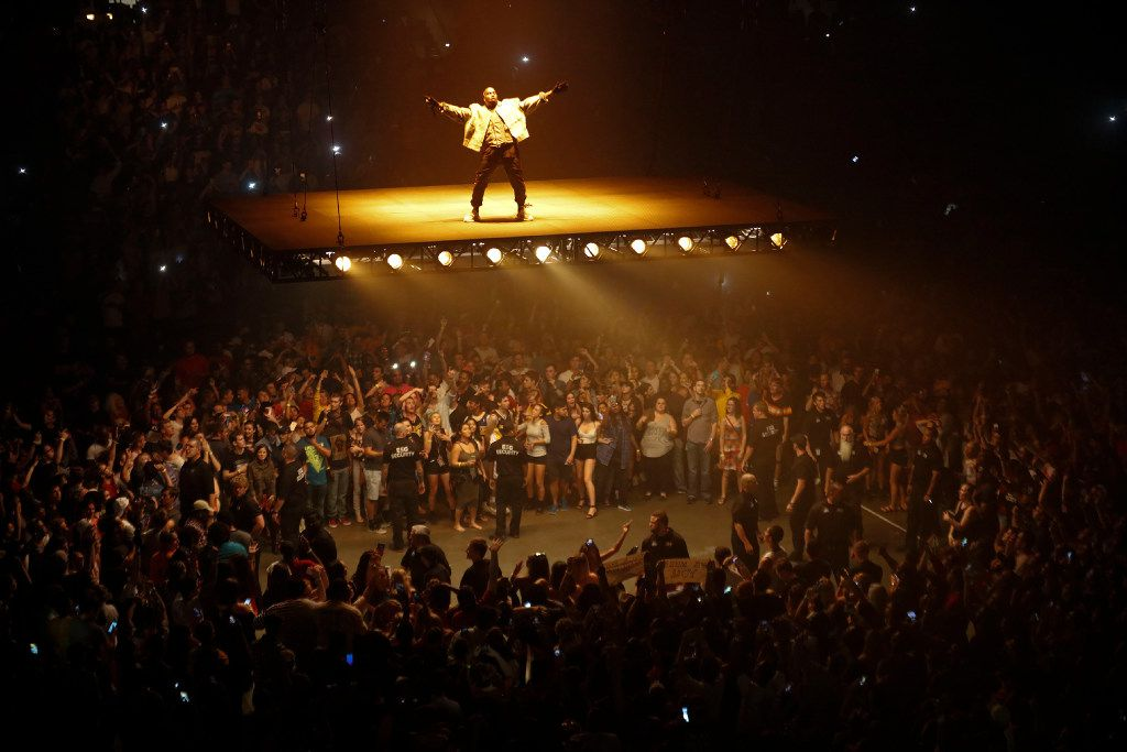 """Kanye West performs during the opening of his Saint Pablo Tour in Indianapolis, Aug. 25, 2016. The tour celebrates his still-evolving February album """"The Life of Pablo"""" — which came to Bankers Life Fieldhouse in Indianapolis on Thursday night. (AJ Mast/The New York Times) --"""