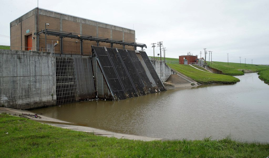 The Hampton Pump Station, left, and the Old Hampton Pump Station on the banks of the Trinity River