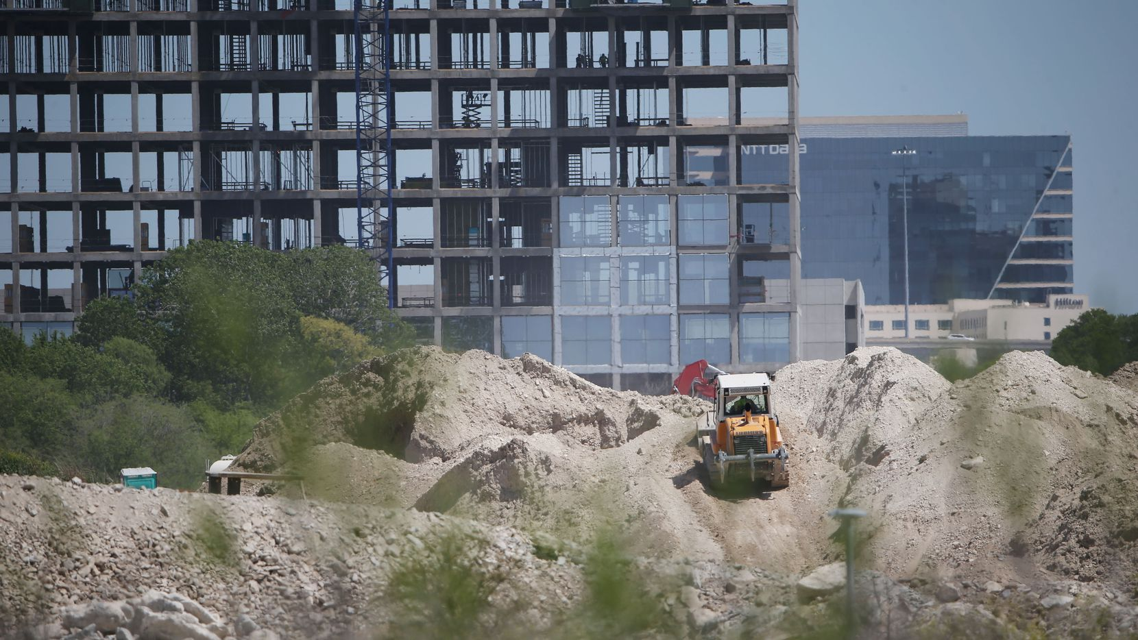 Only New York City has more office space under construction than D-FW.