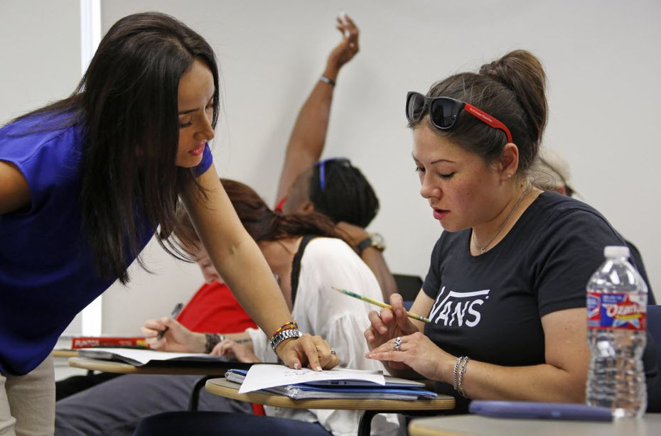 Wendy Birdsall got some help from instructor Ana Melgarejo Acosta's in Spanish class at SMU in 2015.