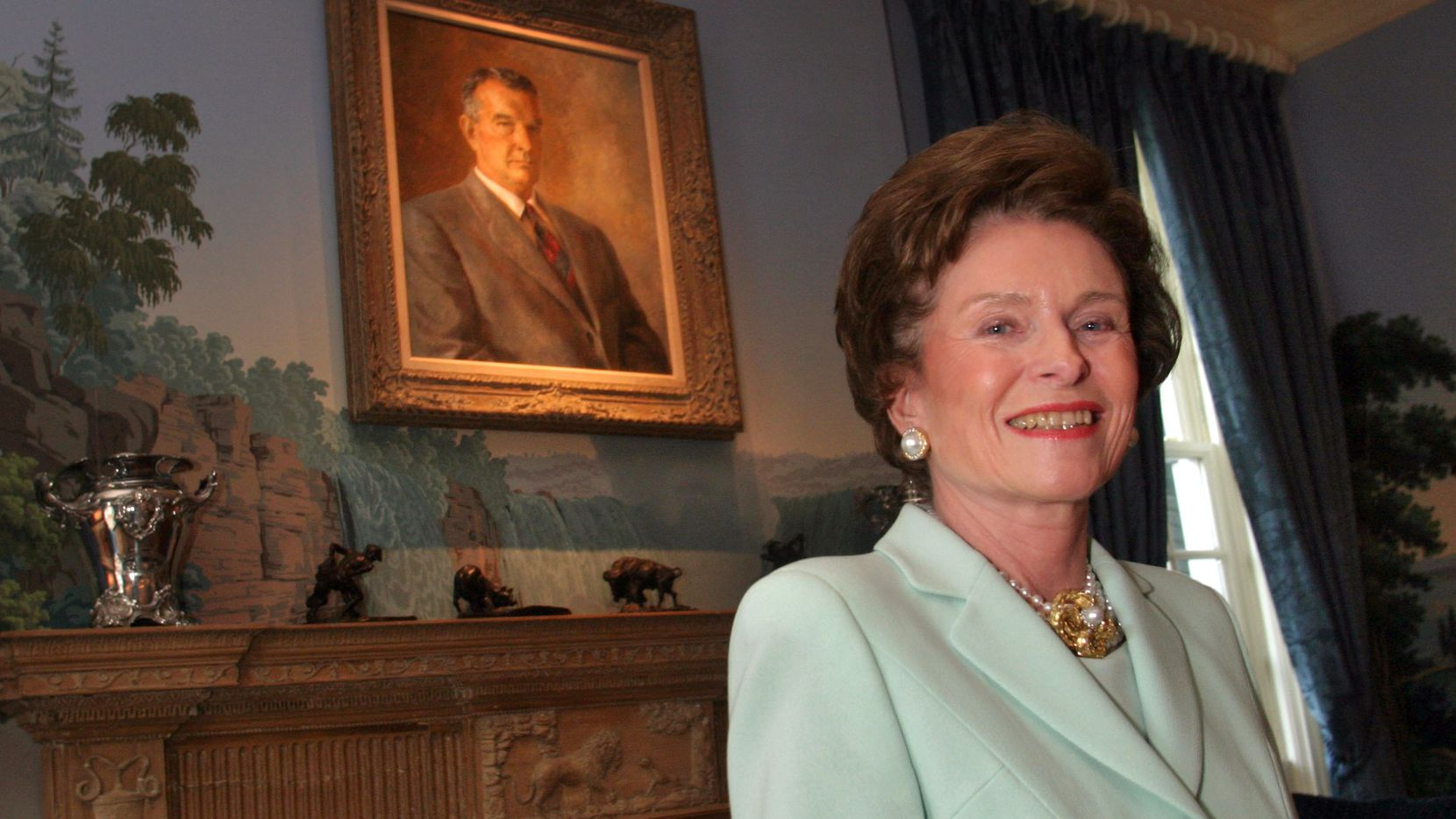Rita Clements at a Salvation Army Women's Auxiliary  afternoon tea held at her Dallas home in 2004.