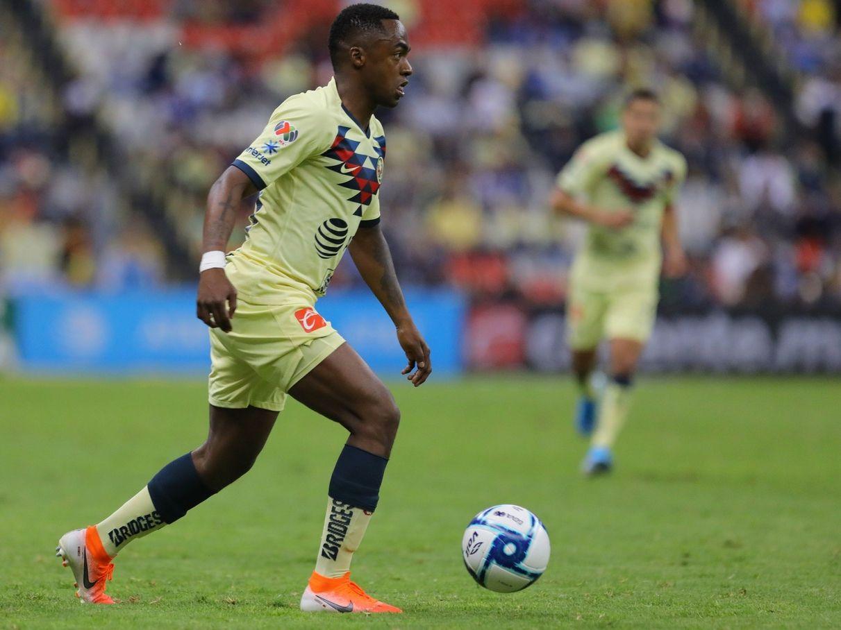 El ecuatoriano Renato Ibarra ya no entrena con el primer equipo de las Águilas del América.