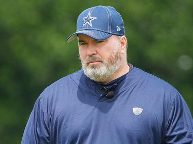 Dallas Cowboys head coach Mike McCarthy gives a thumbs up as he watches his team run drills during a minicamp practice at The Star on Tuesday, June 8, 2021, in Frisco. (Smiley N. Pool/The Dallas Morning News)