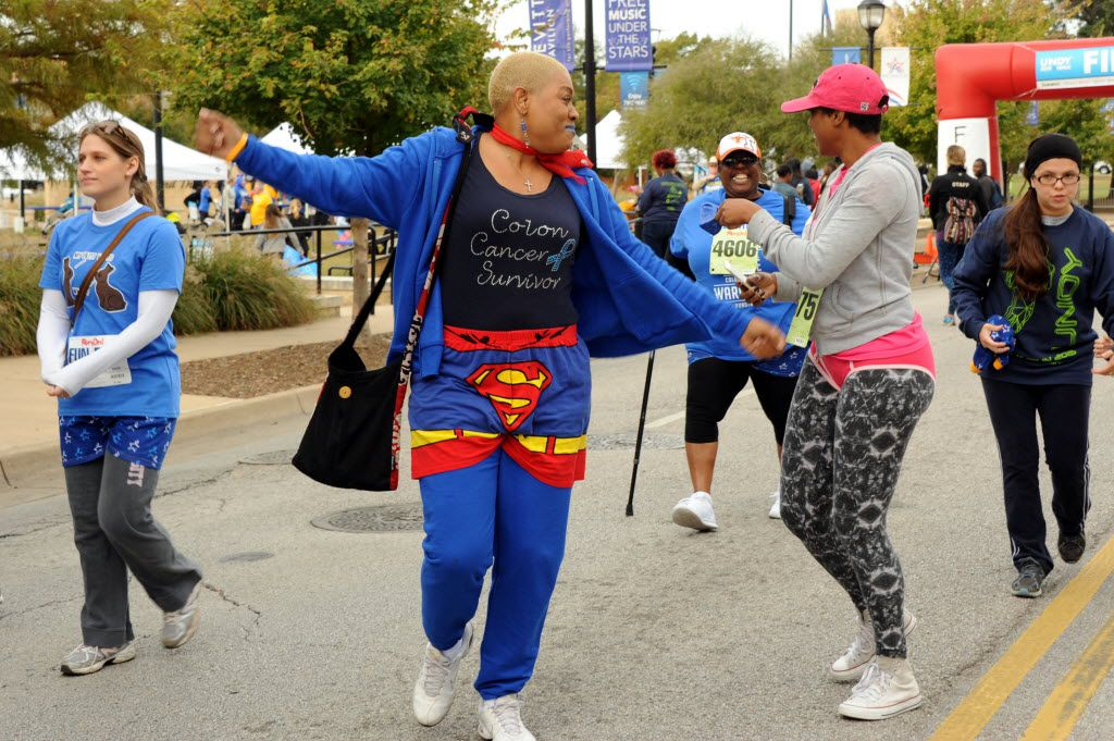 Photos Runners Shed Their Shorts For Cancer Awareness At The Undy Run