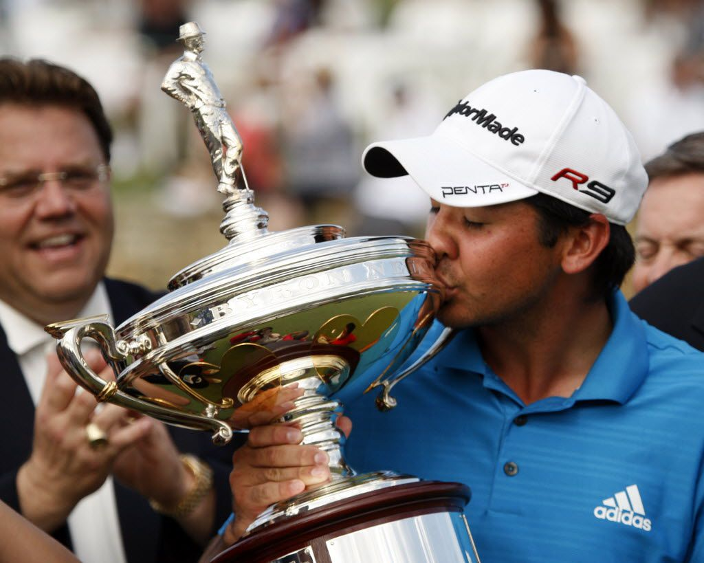 Jason Day kisses the trophy on the 18th hole during the final round of the 2010 HP Byron Nelson Championship at the TPC Four Seasons Las Colinas in Irving on May 23, 2010. Day won the championship shooting -12 for the championoship. (Vernon Bryant/The Dallas Morning News)