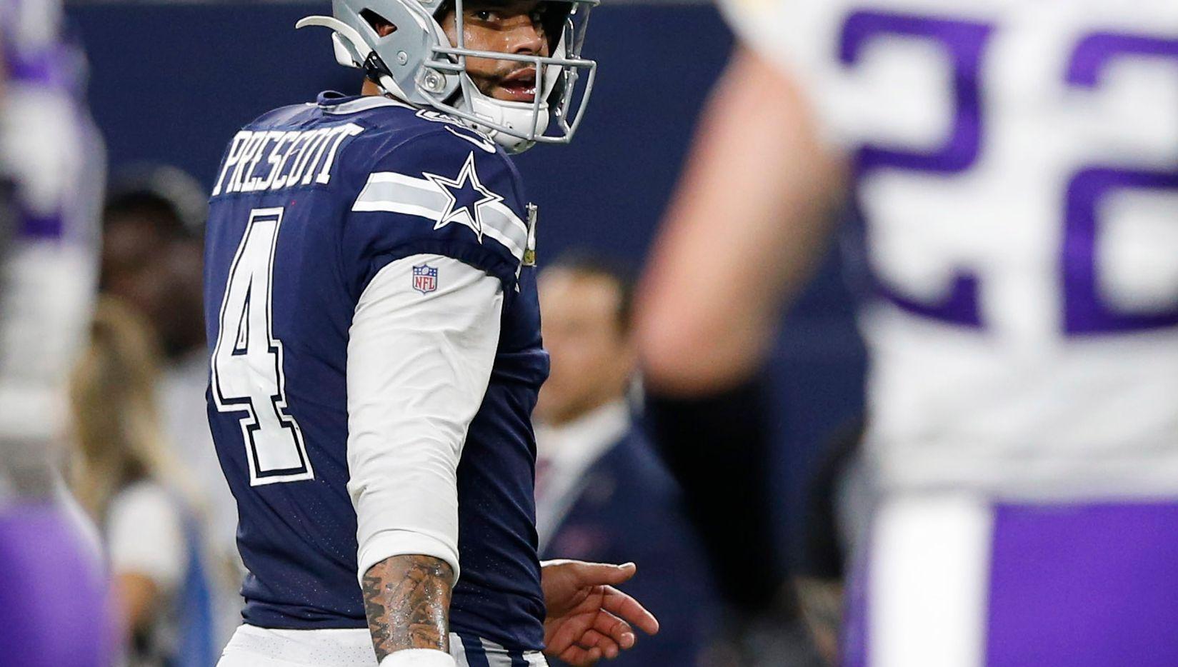 Continúan las negociaciones de un contrato salarial entre los Dallas Cowboys y el quarterback Dak Prescott.