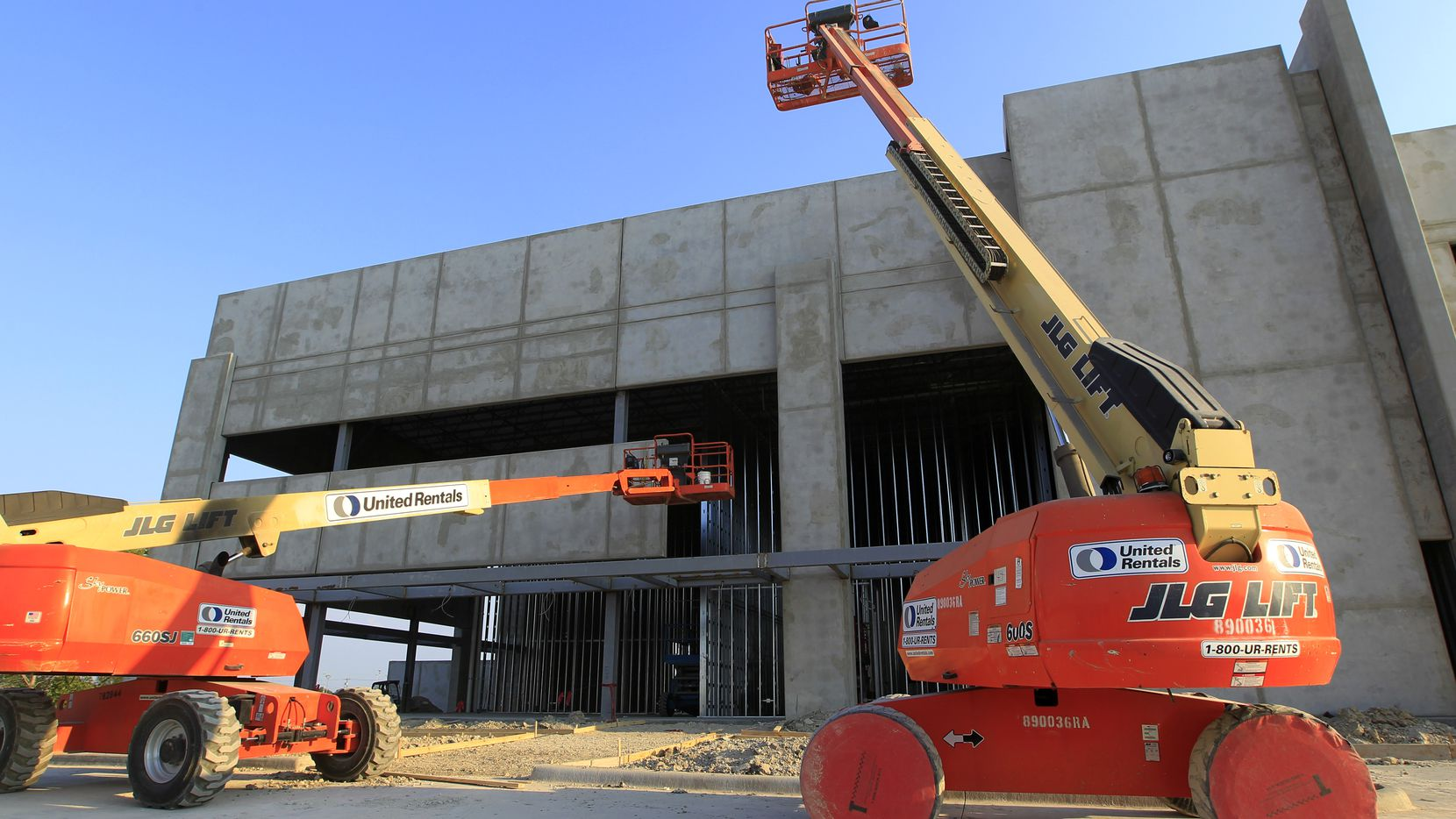 More than 6 million square feet of warehouse space is under construction in southern Dallas County.