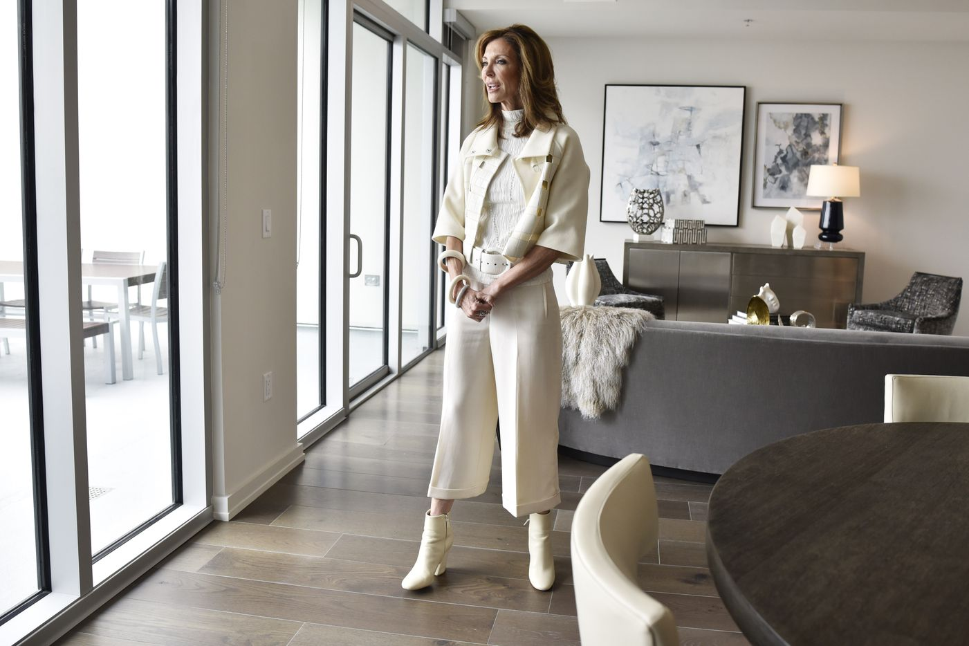 Charlotte Jones conducts a tour inside a model one bedroom apartment at the Twelve Cowboys Way luxury residential tower at the Star in Frisco.