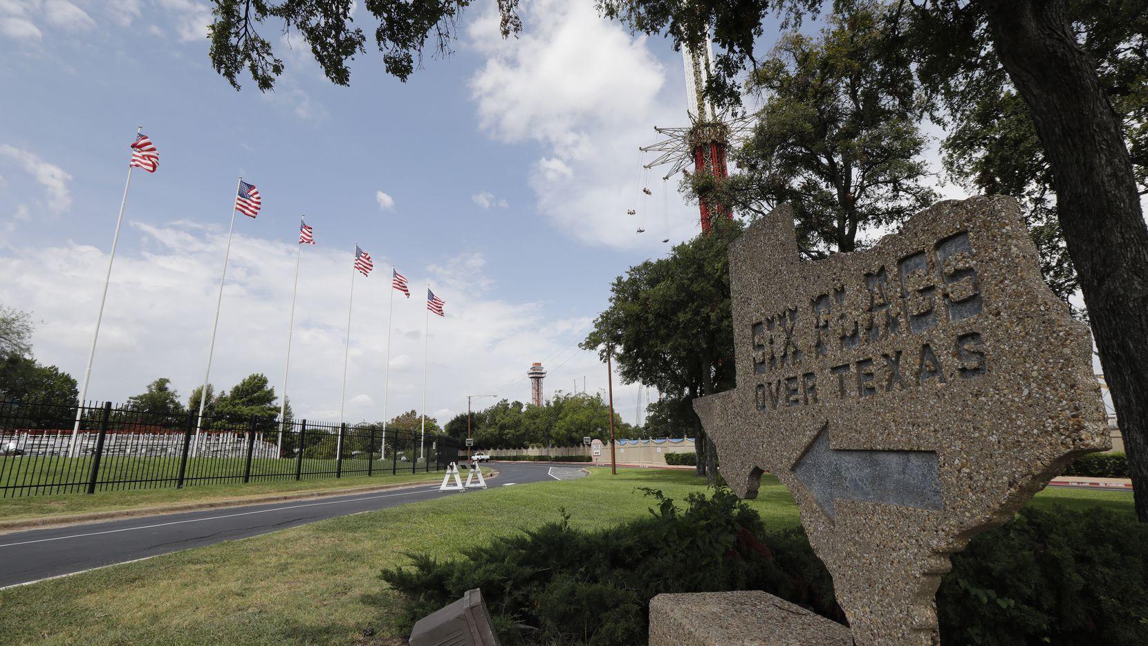 Six Flags Over Texas estará cerrado al menos hasta finales de marzo de 2020 por coronavirus.