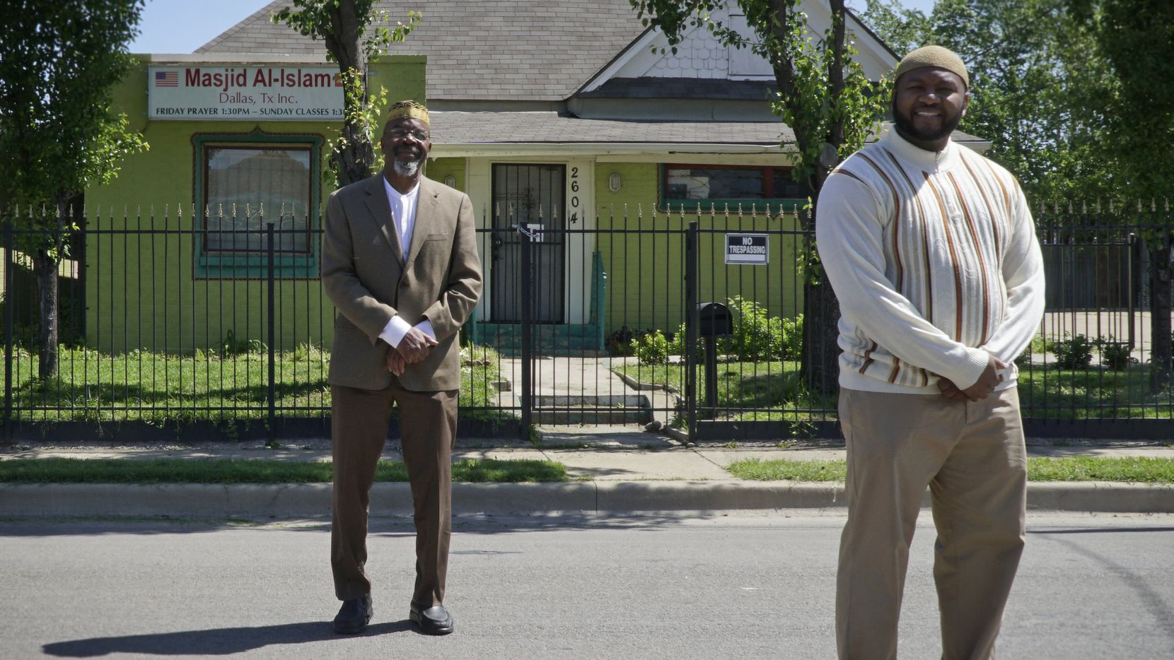 Imam Khalid Shaheed (left) stands outside Masjid Al-Islam in Dallas with Imam-elect Muhammad Abdul-Jami.