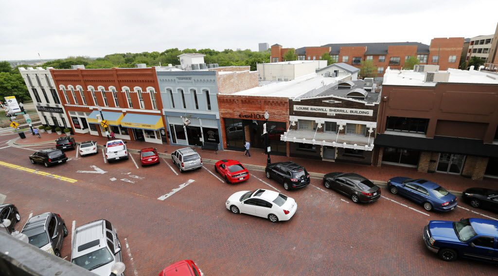 View of 15th Street in downtown Plano