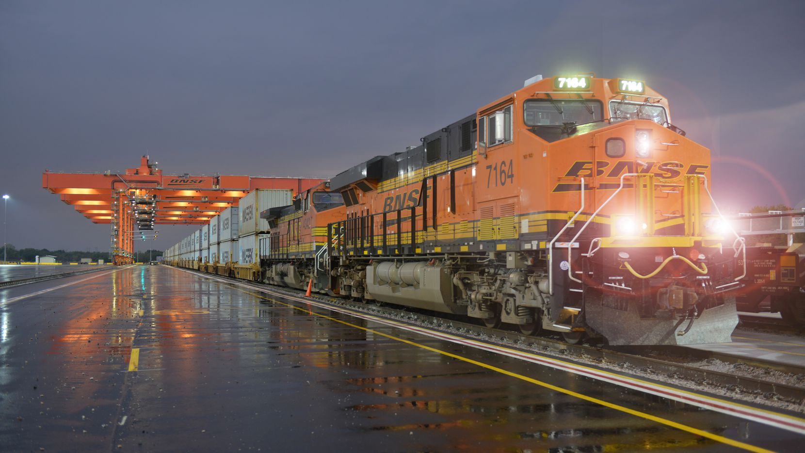BNSF Railway employs more than 46,000 people, operating a 32,500-mile rail network in 28 states and three Canadian provinces. BNSF's corporate headquarters is in Fort Worth.