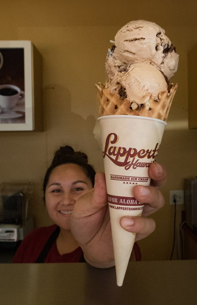 Lappert's Hawaii is a popular ice cream shop based on Kauai, famous for its Kauai Pie ice cream. The shop's most popular flavor features a blend of coffee ice cream, coconut flakes, macadamia nuts and chocolate fudge swirls.
