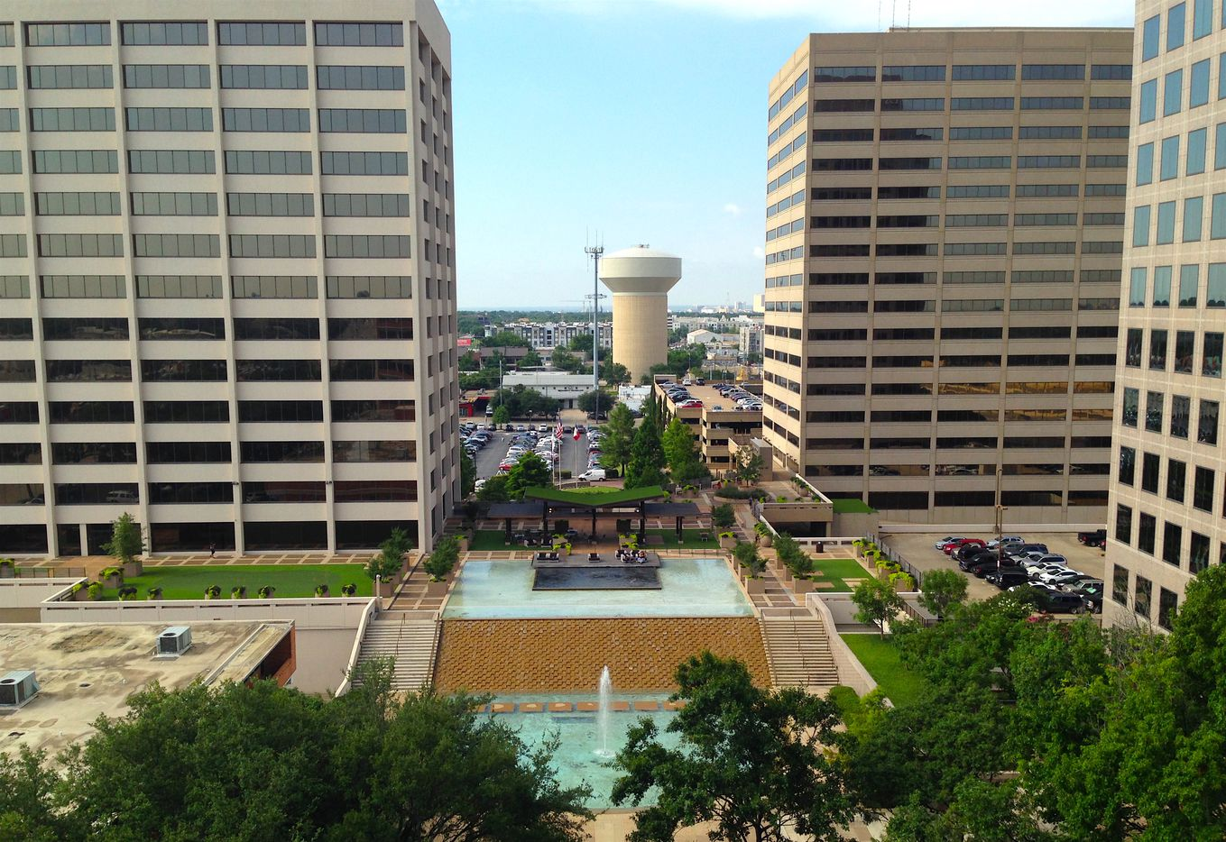 The fountain area between the Energy Square towers will be replaced with a new park and central drive.