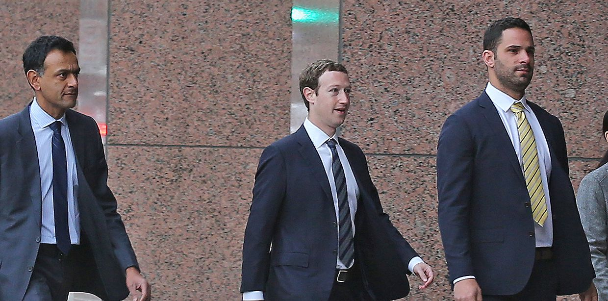 Facebook CEO Mark Zuckerberg arrives Tuesday morning at the Earl Cabell Federal Building Courthouse in Dallas. Zuckerberg was called to testify in an intellectual property lawsuit brought by the owner of Richardson-based id Software against Facebook-owned Oculus VR.