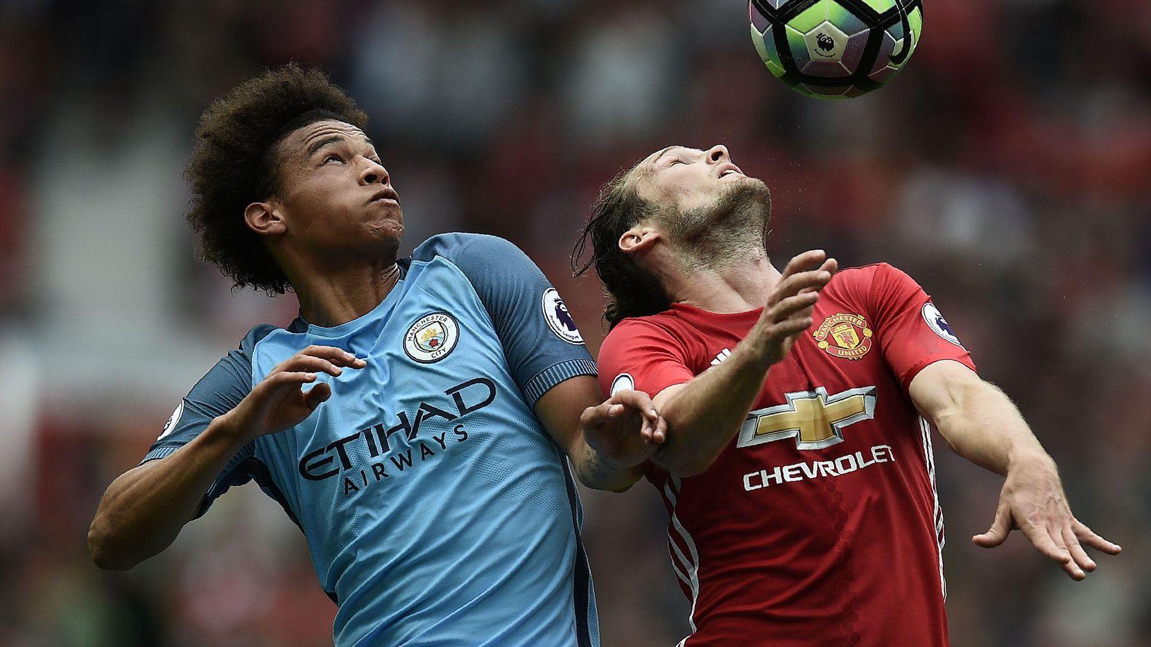 Leroy Sane (izq.) y el City enfrentan al United en el NRG Stadium. (AFP/Getty Images/OLI SCARFF)