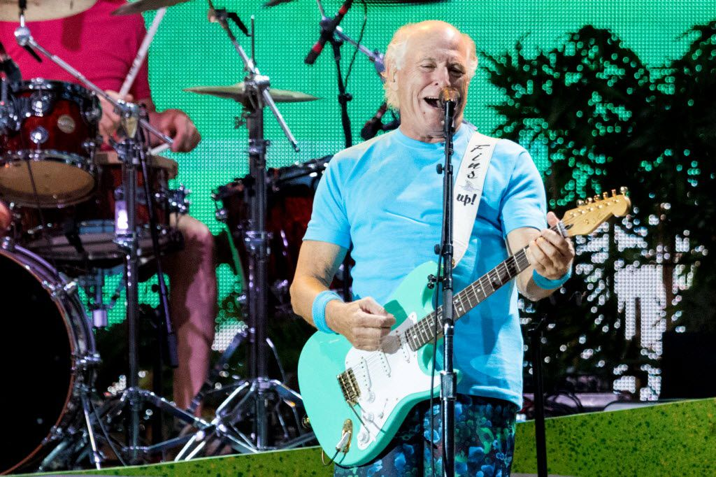 Jimmy Buffett performs at Toyota Stadium on May 28, 2016 in Frisco, Texas. (Ting Shen/The Dallas Morning News)