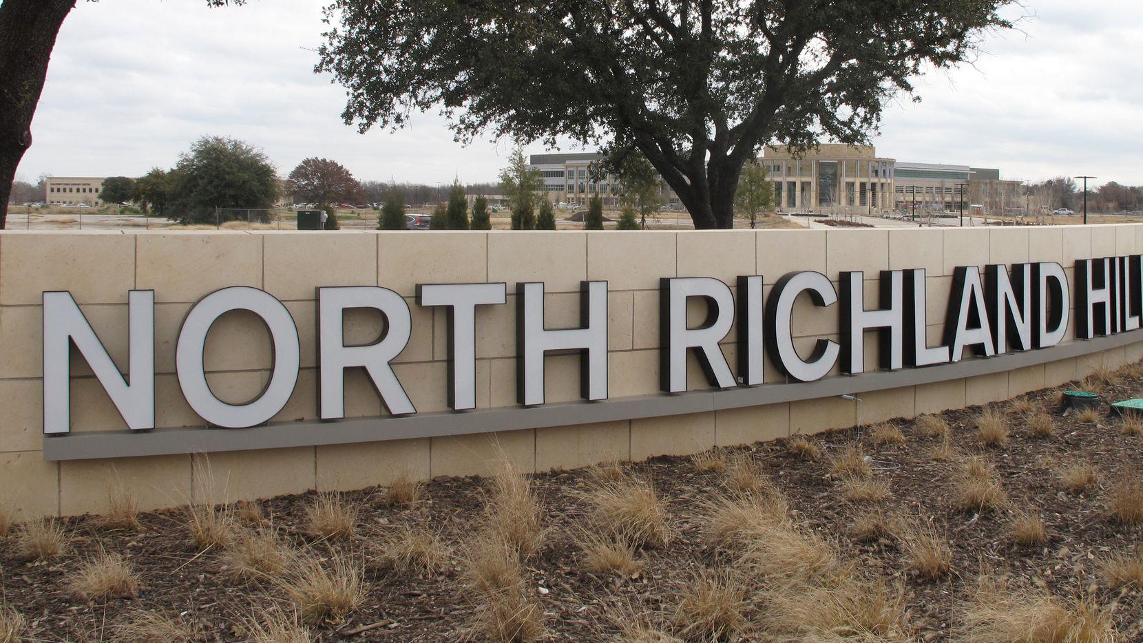 Una residente de North Richland Hills le envió miles de dólares a un falso Bruno Mars.