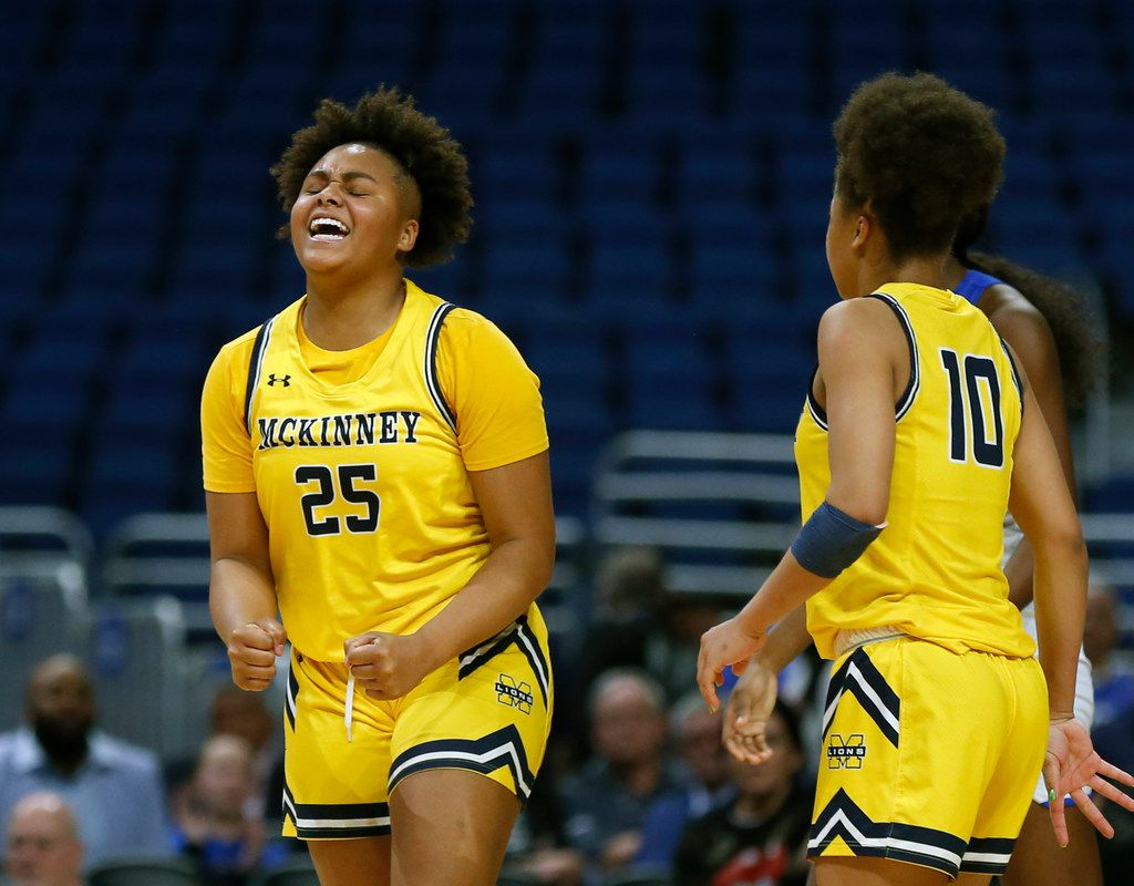 McKinney forward Nic Porter #25 reacts after fouling out in fourth quarter in 6A semifinal: Cypress Creek vs. McKinney in Friday, March 6, 2020 at the Alamodome. (Ron Cortes/Special Contributor) ORG XMIT: 20049803A
