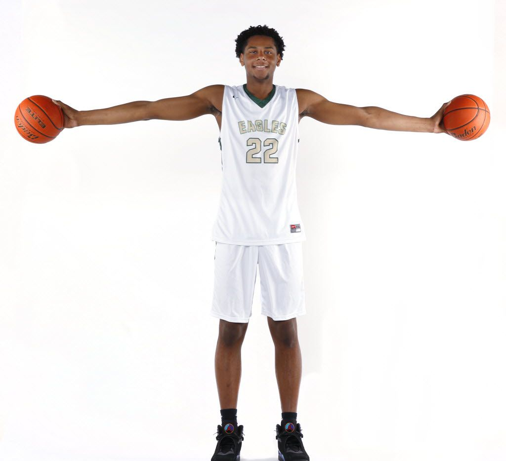 DeSoto High School All-American basketball player Marques Bolden is The Dallas Morning News Player of the Year. He is photographed, Tuesday, March 22, 2016 in the DMN studio. (David Woo/The Dallas Morning News)