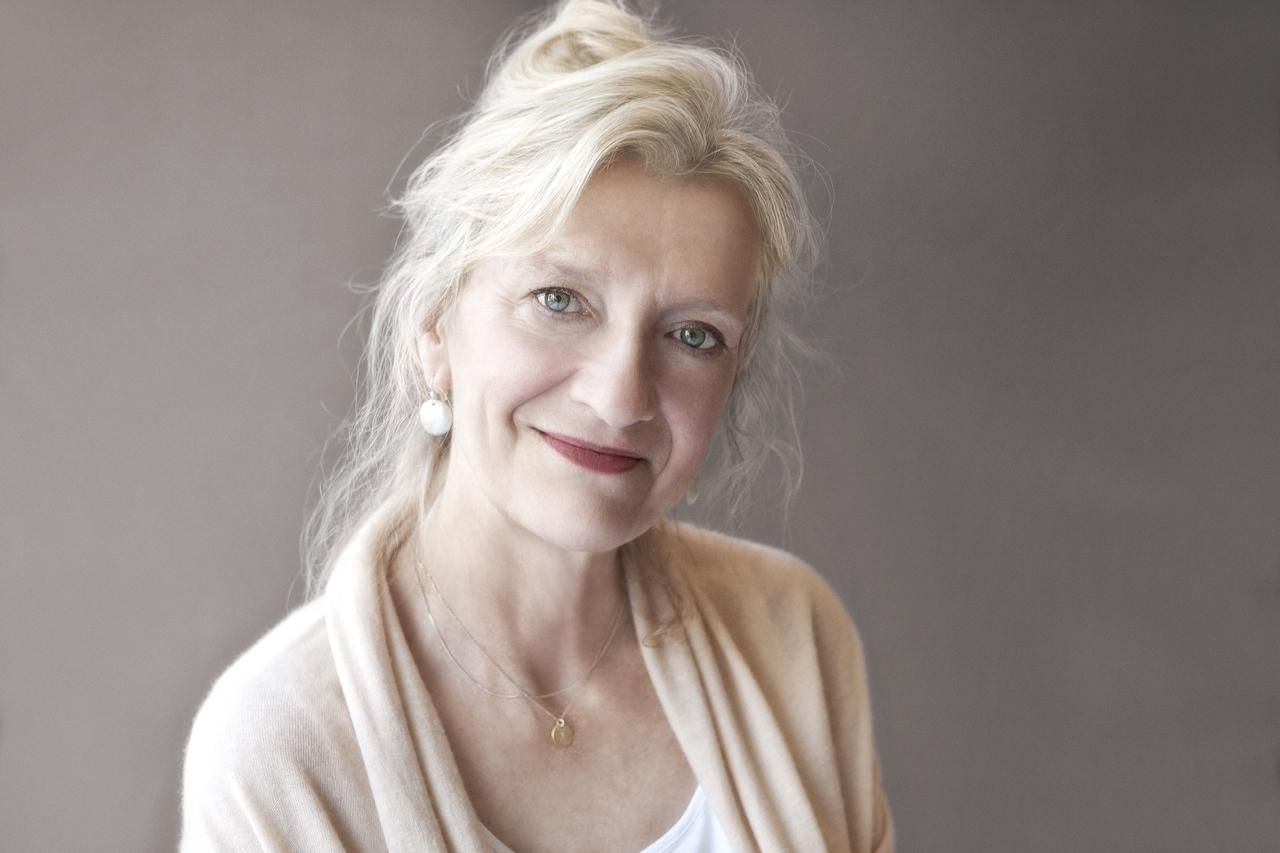 Elizabeth Strout won a Pulitzer Prize for her 2008 book Olive Kitteridge.