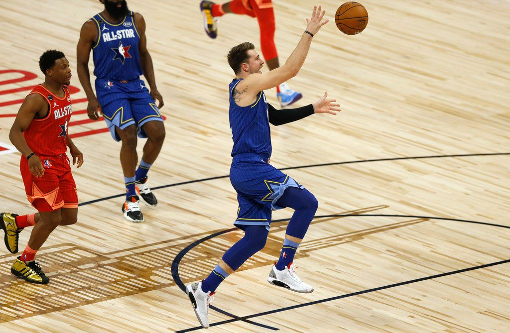 Team LeBron's Luka Doncic (2) passes the ball in a game against Team Giannis during the first half of play in the NBA All-Star 2020 game at United Center in Chicago on Sunday, February 16, 2020. (Vernon Bryant/The Dallas Morning News)