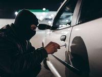 Cada año, alrededor de 65,000 autos y camionetas son robados y casi 200,000 sufren el robo de alguna autoparte o algún objeto en su interior, tan solo en Texas.