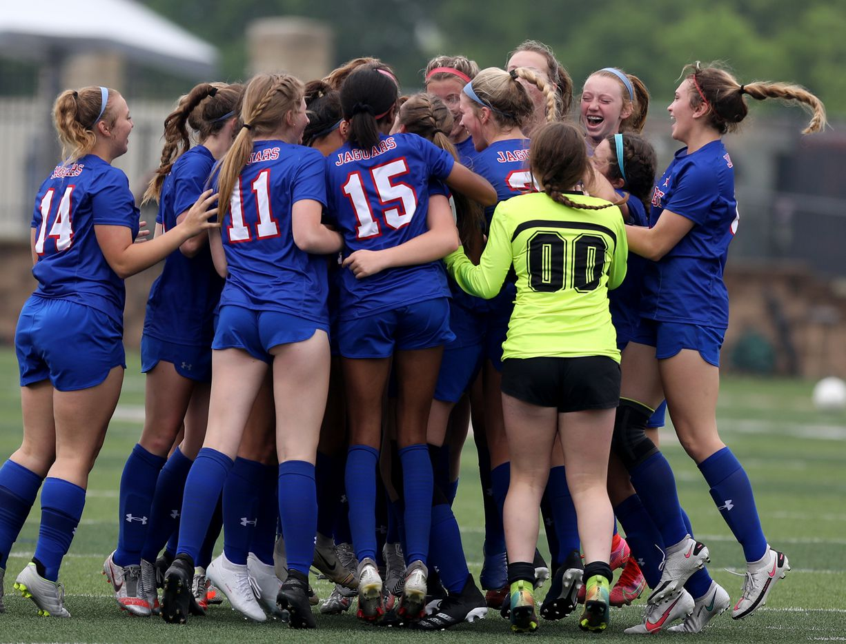 Midlothian Heritage players celebrate after their win over Calallenat their UIL 4A girls State championship soccer game at Birkelbach Field on April 16, 2021 in Georgetown, Texas.  (Thao Nguyen/Special Contributor)