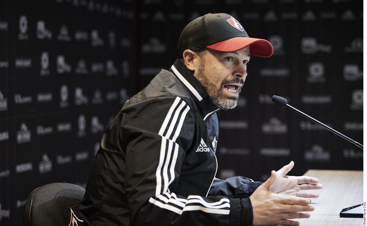 El entrenador del Atlas, Rafael Puente, dijo que su equipo mostrará una cara diferente ante las Águilas del América.
