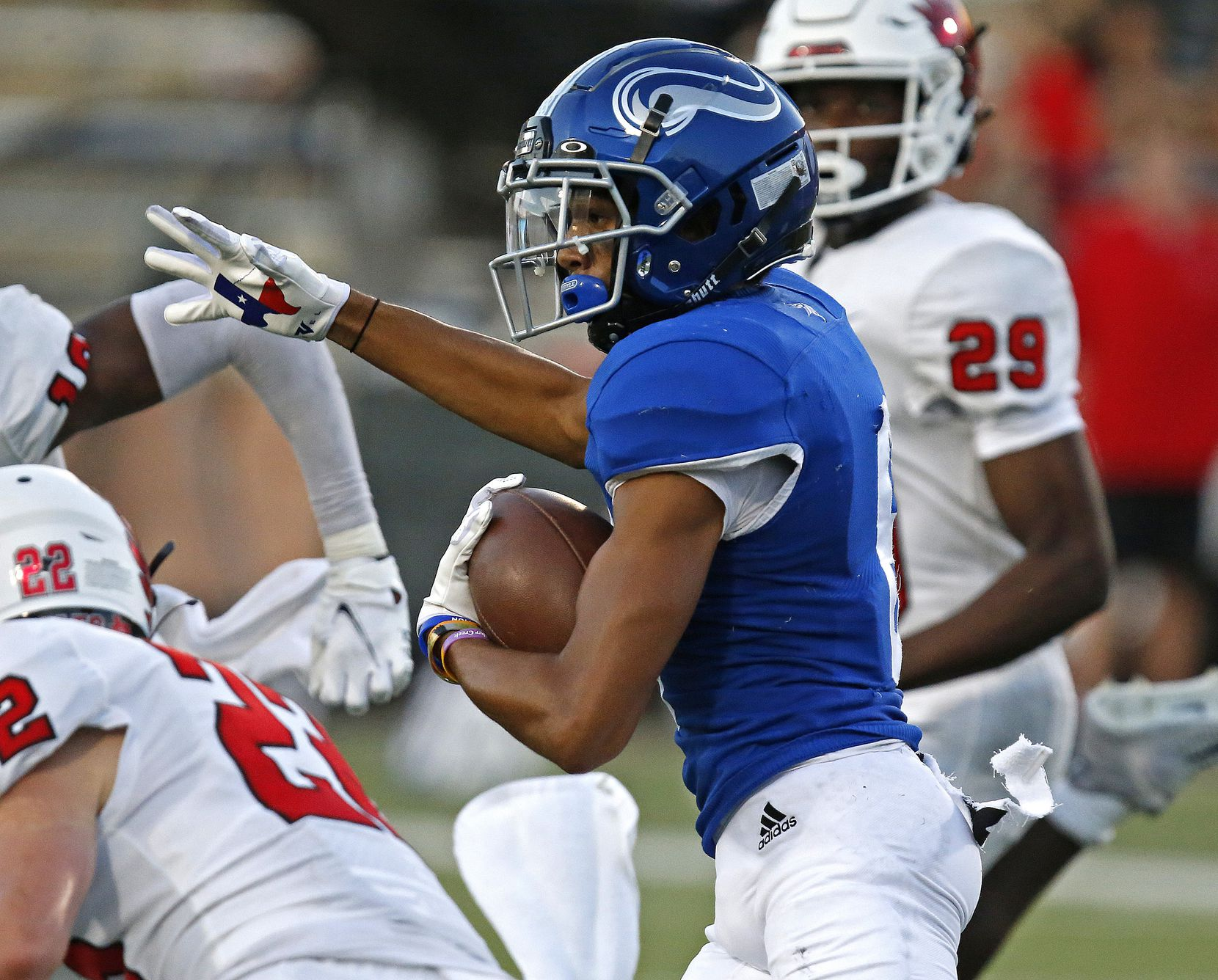 Nolan Catholic High School wide receiver Jaiden Burnett (6) runs after the catch during the first half as Argyle High School hosted Nolan Catholic High School at Eagle Stadium in Allen on Saturday evening, August 28, 2021. (Stewart F. House/Special Contributor)