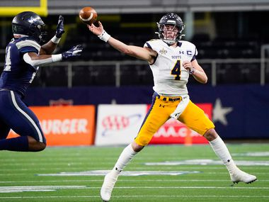 Highland Park quarterback Chandler Morris throws a pass under pressure from Frisco Lone Star linebacker Jaylan Ford during the first half of a Class 5A Division I Region II semifinal playoff football game at AT&T Stadium non Friday, Nov. 29, 2019, in Arlington.
