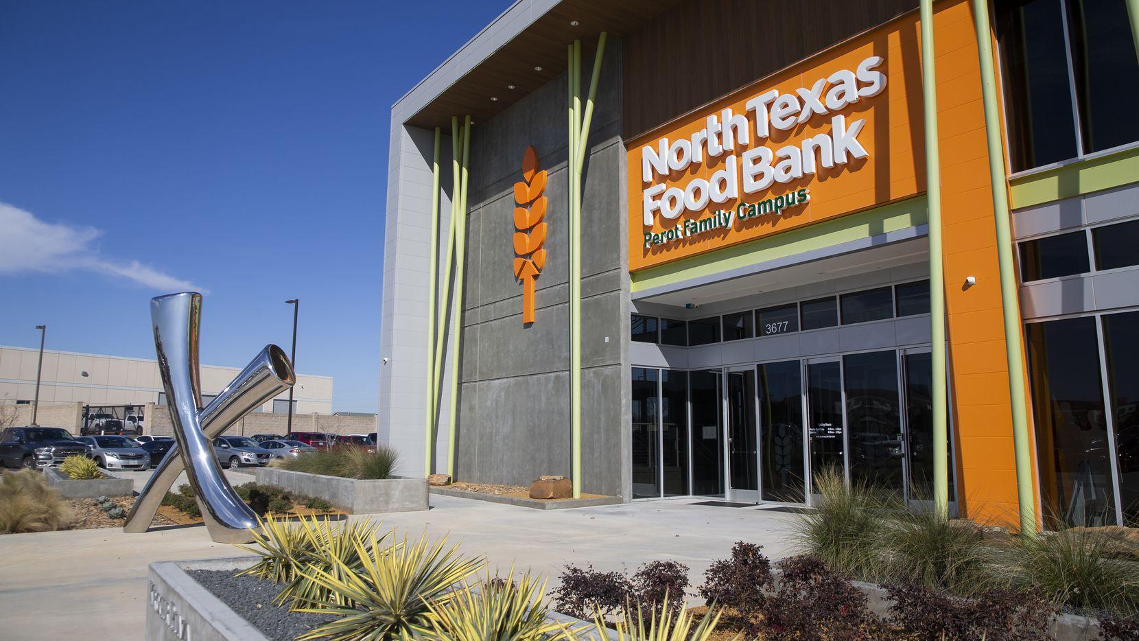 El North Texas Food Bank reportó que no de sus empleados dio positivo por covid-19.